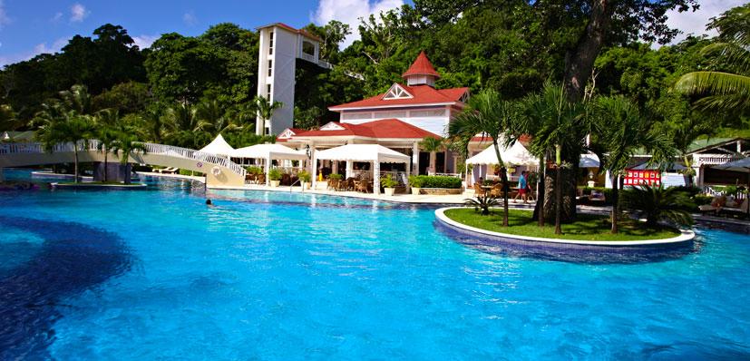 Luxury bahia principe cayo levantado sunset travel inc for Hotel luxury cayo levantado